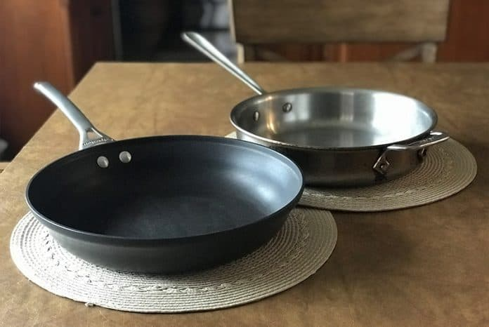 stainless steel vs non stick frying pan